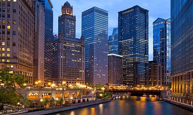 Chicago alumni: Join us on April 2 at the Radisson Blu Aqua Hotel for a Spring Cocktail Reception.