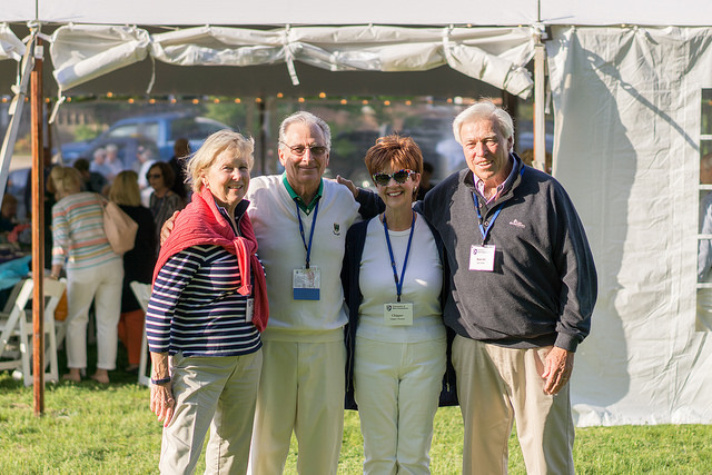 photo of alumni at unh spring reunion